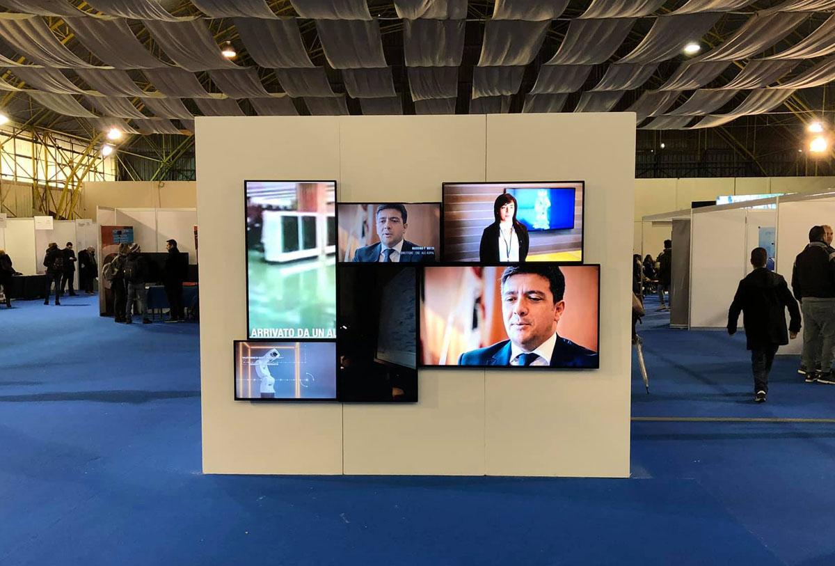 monitor e tv per fiere, eventi, allestimenti